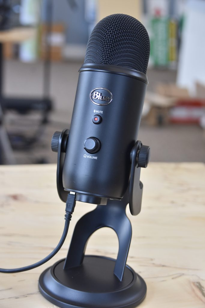 Blue Yeti microphone for live streaming